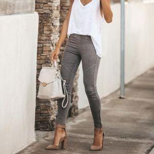 🌙 NWT Vici • Piper Leggings (Dark Grey)